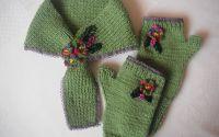 Fular si manusi tricotate