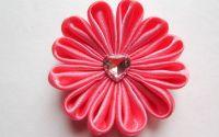 Princess  - floare textila kanzashi saten roz
