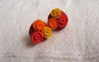3 trandafiri in nuante aprinse