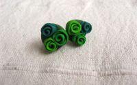Cercei cu buchet de trandafiri in nuante de verde