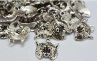 Pandantiv motanel argintiu antichizat