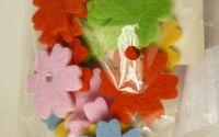 Flori din fetru
