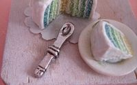 Magnet de frigider Vertical Cake