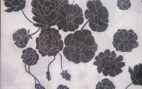 441 Servetel floricele alb si negru