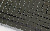 100 Hematit cubic 4 mm