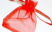 Saculet organza rosu 7 x 9 cm