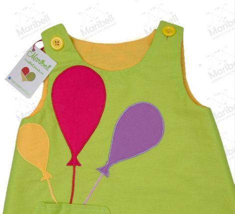 Rochie verde cu baloane colorate