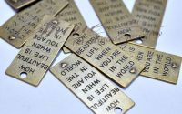 Pandantiv placuta dreptunghiulara cu mesaj bronz