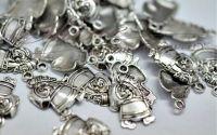 Charm Mos Craciun cu tolba argintiu antichizat