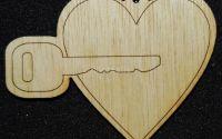 Figurina lemn pentru pictat inima cu cheie -L0252