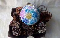 Glob decorativ cu flori din hartie