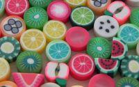 10buc Margele fructe diverse culori polymer clay