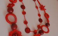 colier cu flori crosetate si margele + cadou
