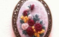 Bijuterii brodate -Brosa Simfonia florilor