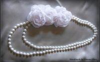 Accesoriu dama cu margele si flori albe handmade