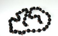 Lant confectionat manual din perle negre