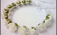 Reducere! Coronita cu trandafirasi albi