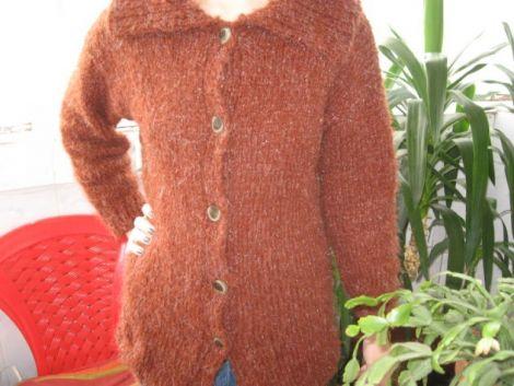Pulover  jacheta  cardigan tricotat
