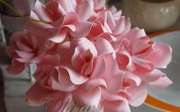 Trandafiri hartie colorata