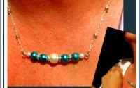 COLIER argintat cu perle royal blue si albe