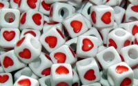 15 buc margele acril albe inima rosie cub 7mm