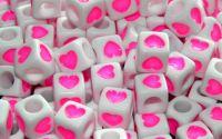 15 buc margele acril albe inima roz cub 7mm