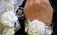 Corsaje elegante de nunta cu trandafiri crosetati