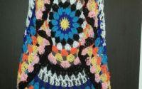 Vestuta colorata de vara