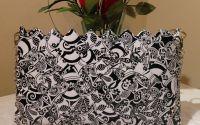 Gentuta alb-negru