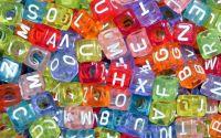 500buc margele litere cub color transparente