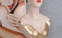 BUSTUL UNEI FEMEI ART DECO DIN RASINI