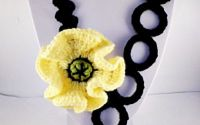Colier mac galben-concurs anotimpul florilor