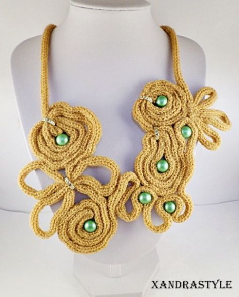Colier ocru knit