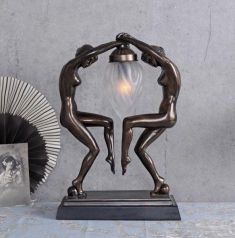 LAMPA ART DECO CU DOUA FEMEI CU O FACLIE IN MANA