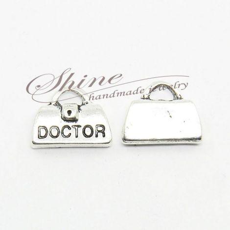 Charm poseta DOCTOR 11x14.5x4mm