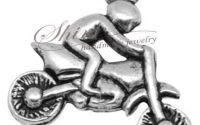 Charm motocicleta argintiu antichizat