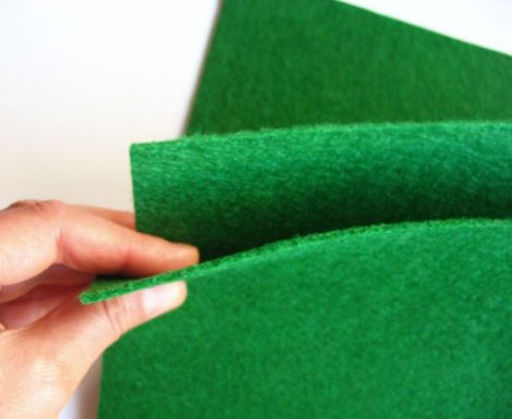 Fetru 2mm verde inchis