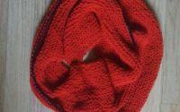 Fular rosu tricot