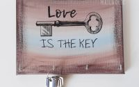 Suport chei handmade love is the key pictat manual