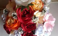 Aranjament floral din hartie
