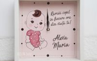 Ceas fetita personalizat cu nume pictat manual