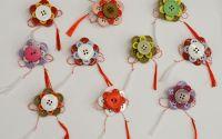 martisor brosa floare cu nasturi 1 - 8 martie