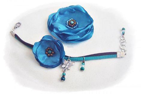 set cu flori albastru satinat