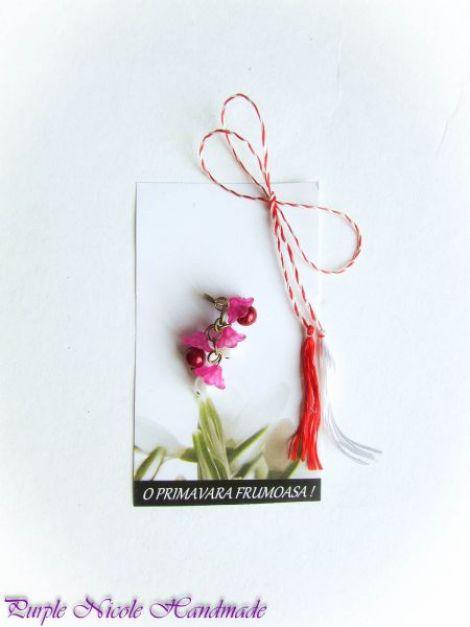 Martisor - flori clopotei roz margele