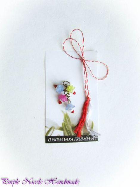 Martisor - flori clopotei margele