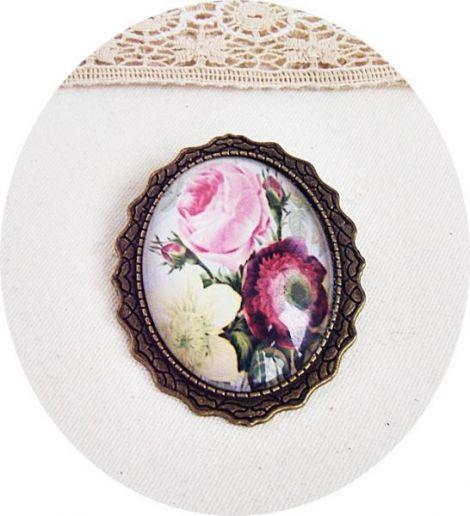 brosa cu trandafiri rose