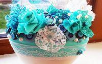 Aranjament floral -textile si nasturi la comanda