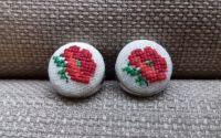 Cercei brodai cu flori de mac