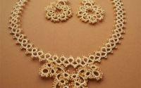 Set bijuterii compus din colier  si cercei