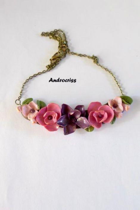 Gradina cu flori  colier din lut polimeric
